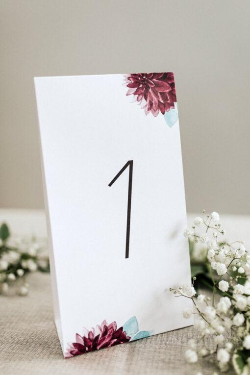 Numery stołów burgund