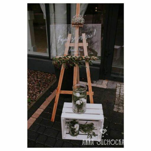 Tablica powitalna na wesele, z napisem Fajnie, że jesteście!