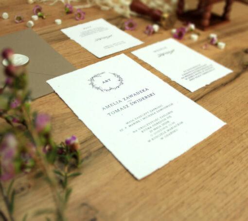 Proste i delikatne zaproszenie ślubne