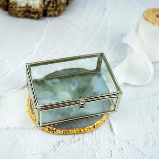 Szklane, srebrne pudełko na obrączki