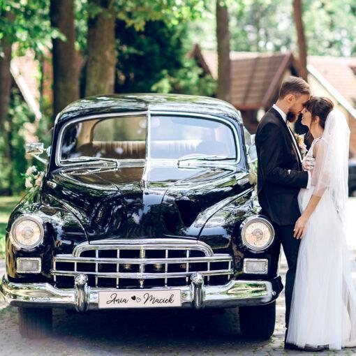 Ślubna tablica rejestracyjna